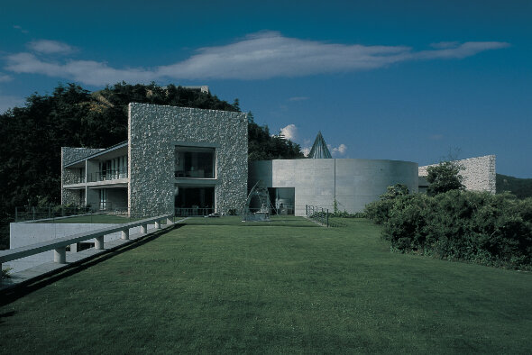 View of the Benesse House Museum. Image: Benesse Art Site