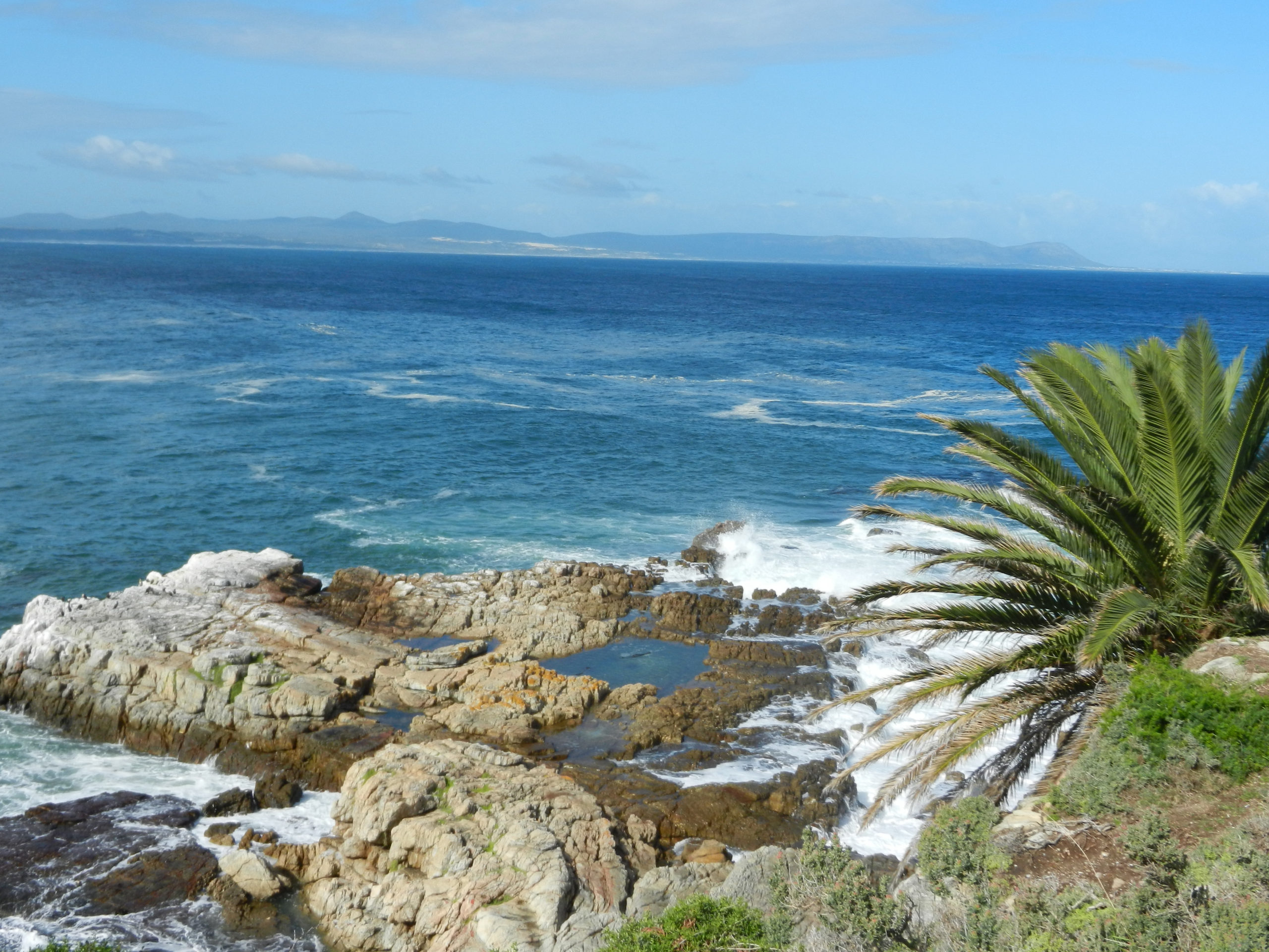 Shoreline view along the Garden Routte in Hermanus, South Africa Image Cindy Dykman