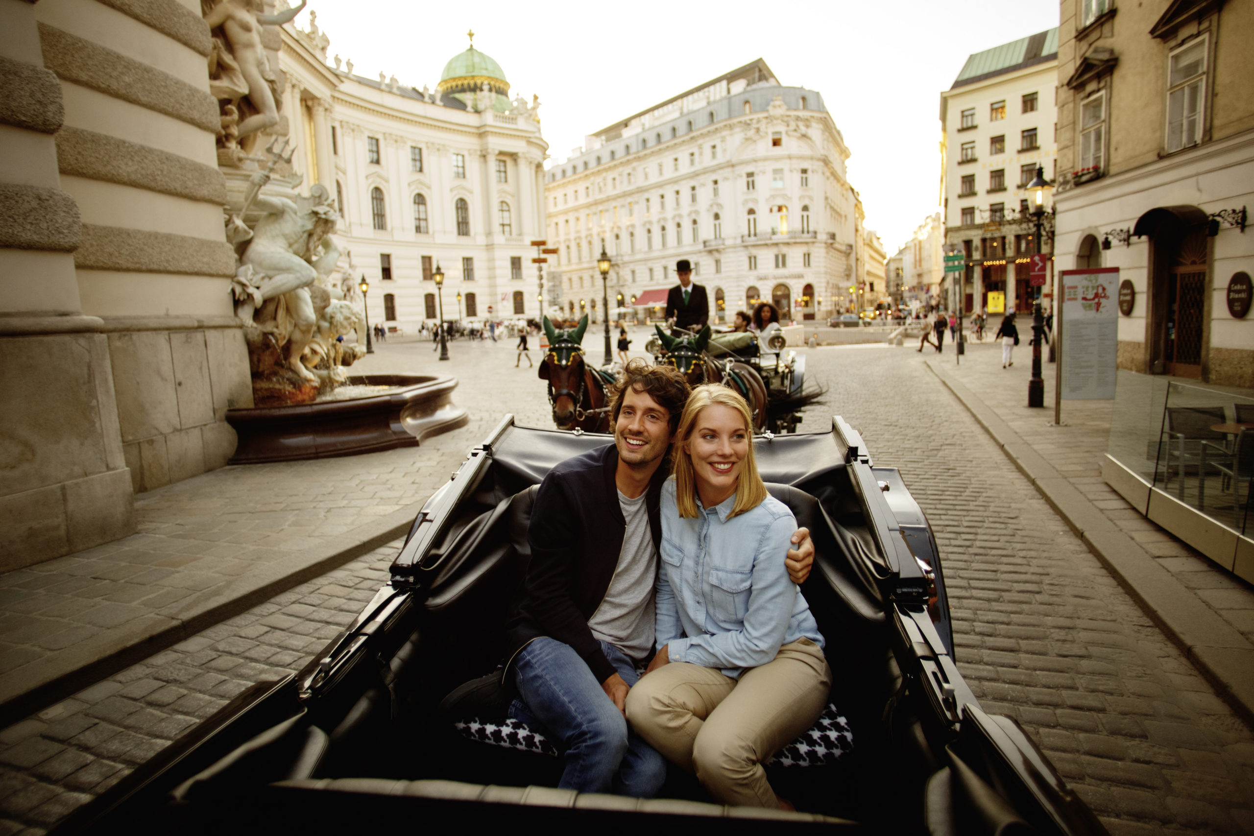 Horse and carriage ride outside the Hofburg Imperial Palace, Vienna. Photo Austrian National Tourist Office